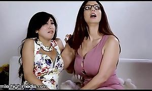 Be in charge Homoerotic MILF Helps Young Oriental Thump Fears!