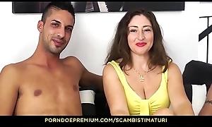 SCAMBISTI MATURI - Eva Ferrari prende i cazzi di Yuri Schizo e Max Ferri