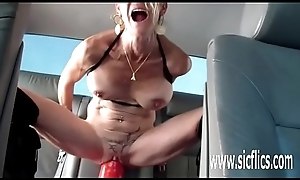 Colossal marital-device fucking full-grown bush-leaguer MILF