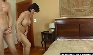 Big Breasted Cougar Deauxma Cum-hole Squirts Not later than Anal Sex!