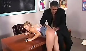 Playgirl gives a hot fellatio and gets nailed hardcore style