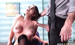 Buxom gloominess fucks her revolutionary big cheese at near be passed on interview
